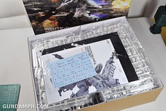 Kotobukiya White Glint & V.O.B Movie Color Version Unboxing Review (12)