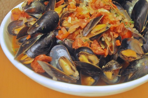 Mussels with Chorizo Without Pasta