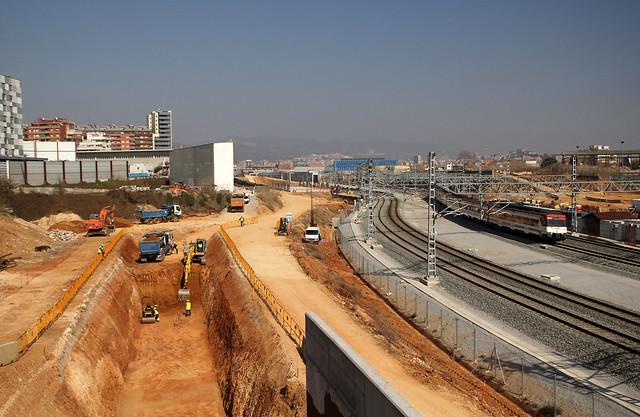 Trabajos en la zona del nuevo puente, lado montaña