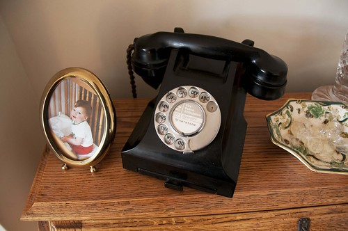 Dad: 1950's 300 series telephone