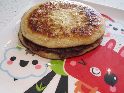 Pancakes with sweet red bean paste