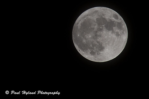 Supermoon by Paulie Hyland