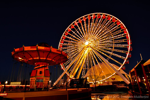 The Ferris Wheel at Navy Pier, Chicago by Somnath Mukherjee Photoghaphy