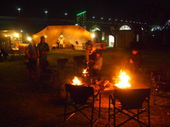焚き火クラブのキャンプ風景