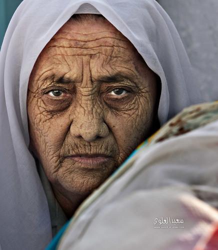 رأتني من بين الزحام by Saeed al alawi