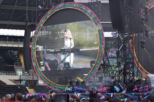 Marina & The Diamonds On The Screen