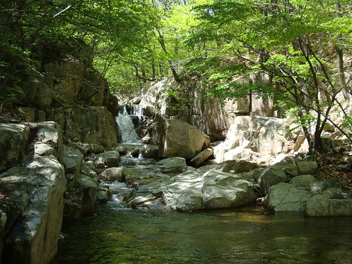 Naewonam Valley of Mt Daeun
