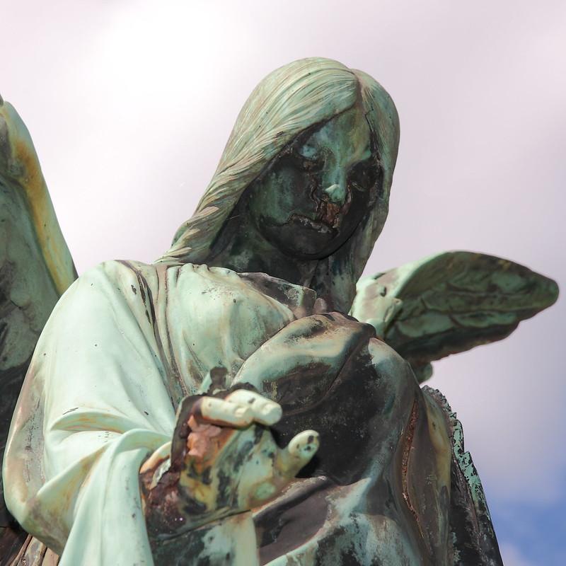 Verfallender Engel