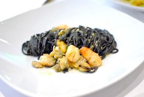 i tagliolini neri squid ink tagliolini, mussels, clams, shrimp, lemon verbena