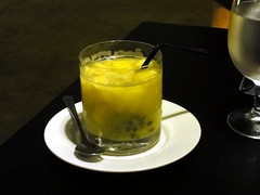 Buzz Restaurant at Alila Jakarta: Passion fruit mocktail.