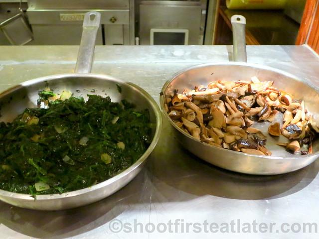 Buffet Breakfast at Cafe, Grand Hyatt Taipei- veggies & mushroom