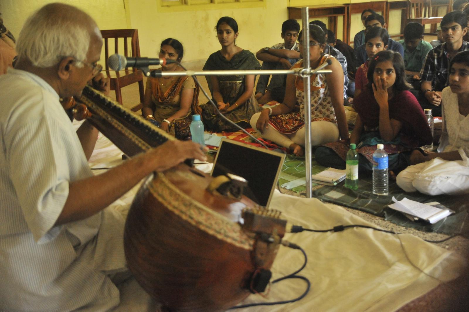 The Mac way : Septuagenarian   Veena Subramanyam at his best