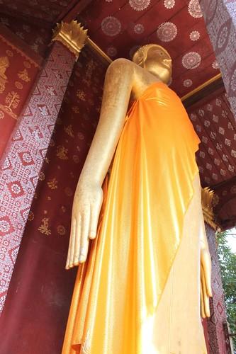 20120126_2649_calling-for-rain-Buddha