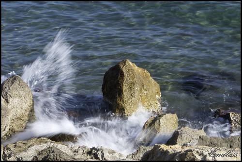 Fotografiando olas a pleno sol by Endlesss