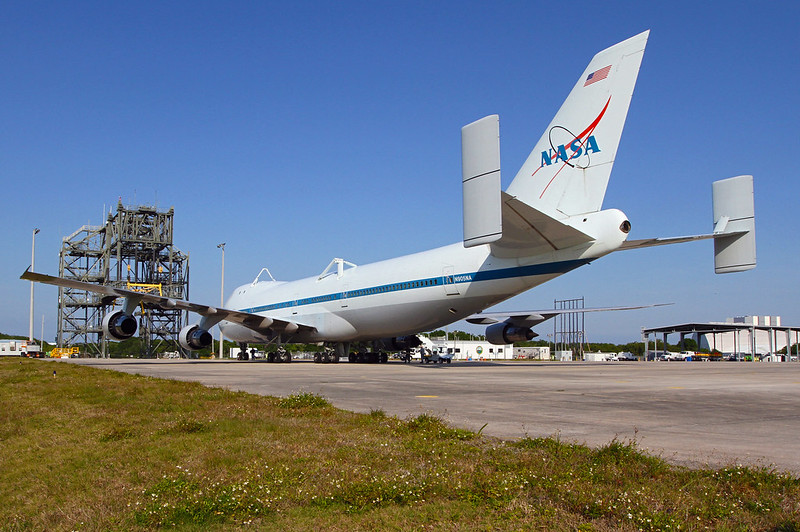 Shuttle Carrier Aircraft Arrives at Kennedy Space Center (KSC-2012-1999)