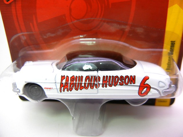 JOHNNY LIGHTNING 1951 HUDSON HORNET WHT (2)