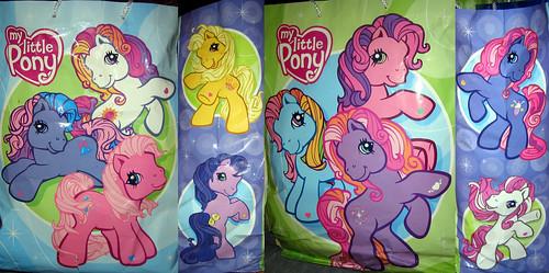 20120519 - yardsale booty - TV-related - My Little Pony gift bag - IMG_4229-4230-4227-4228