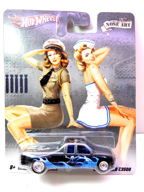 hot wheels nostalgia pin ups customized C3500 (1)
