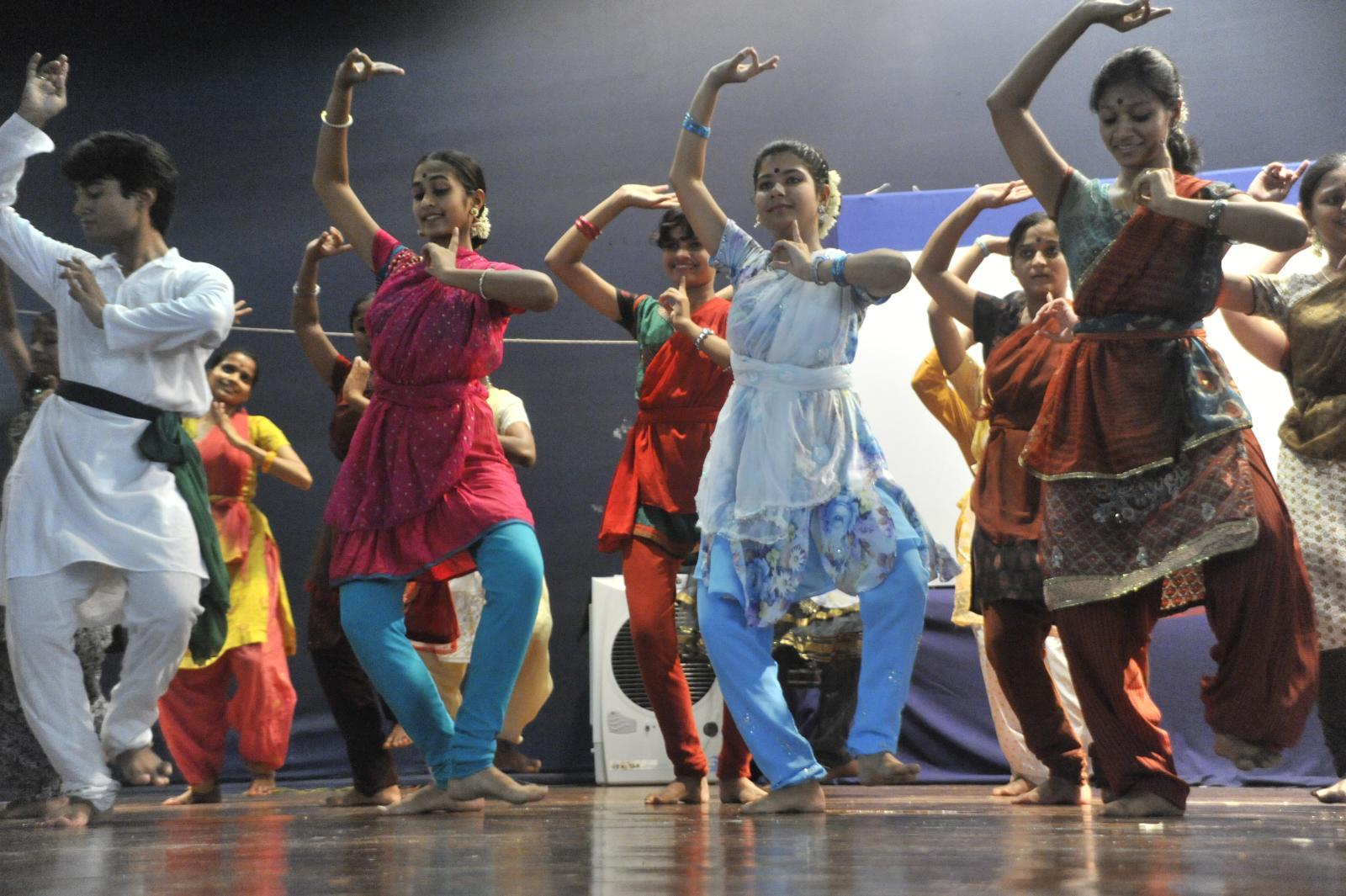 Madhaviji's Odissi learners take the stage
