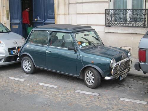 Paris to ban older cars  (5/6)