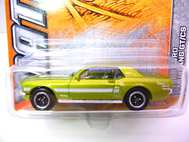 matchbox 1968 ford mustang gt cs (2)