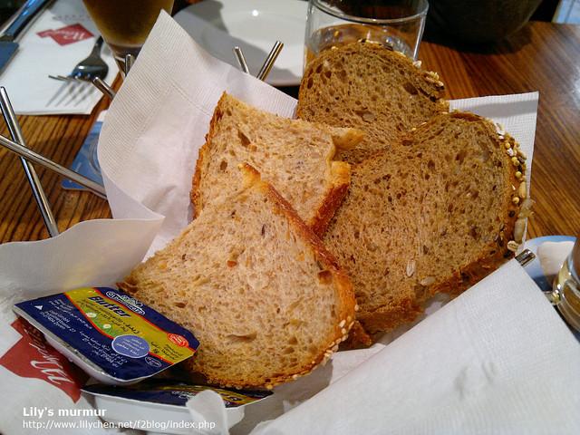 溫德的麵包果真名不虛傳,的確是很美味的歐包。