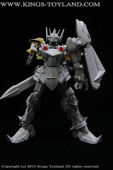 MG Versal Knight Gundam Resin Conversion Kit (14)