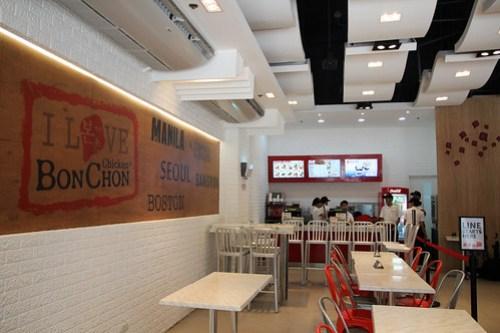 Inside BonChon Chicken, Bonifacio High Street