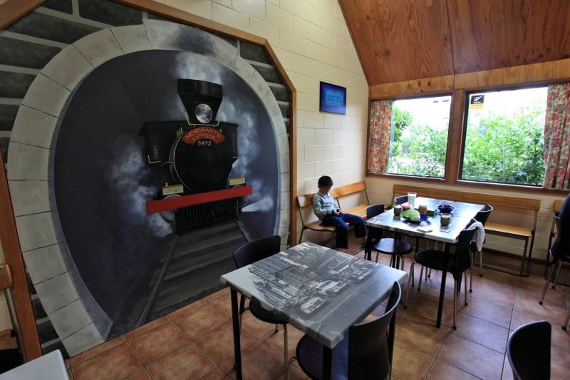 紐西蘭露營地餐廳的一角