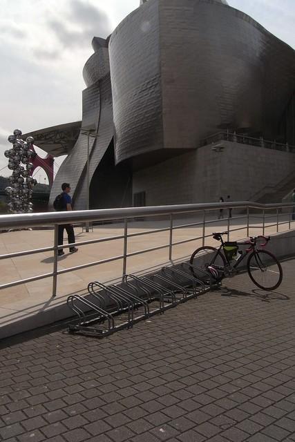 Aparcamiento Bicis Museo Guggenheim Bilbao