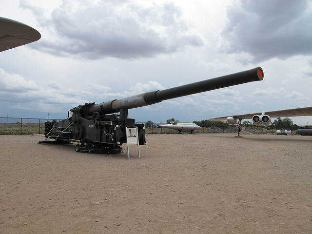 280mm M65 Atomic Cannon