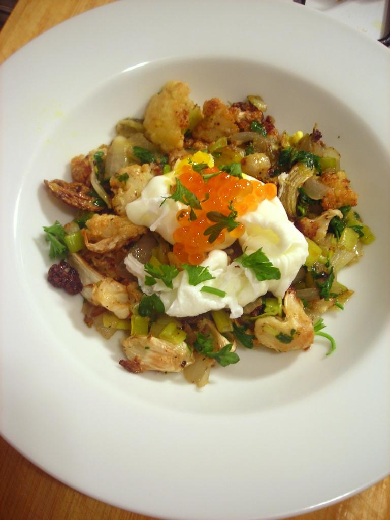 Roasted cauliflower, poached farm egg, salmon roe