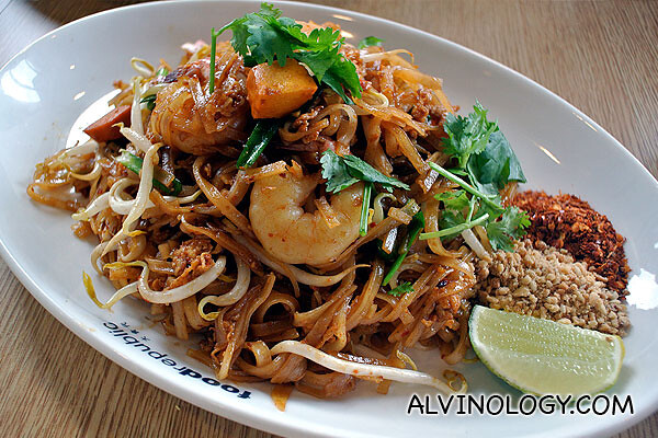 Bangkok Gem - Pad Thai with Prawns