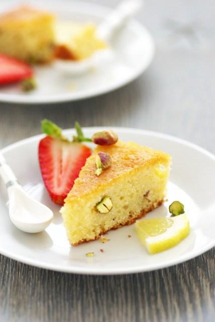 Lemon and almonds cake from Amalfi