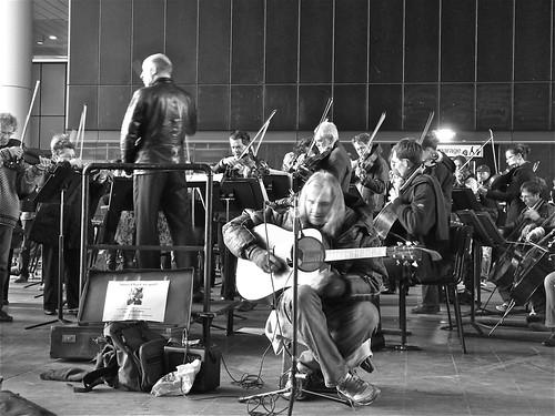 Chuck Deely en het residentie Orkest:Rocking In The Free World