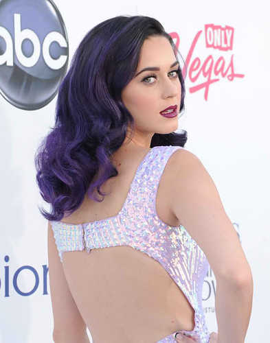 Katy-Perry-Back_0