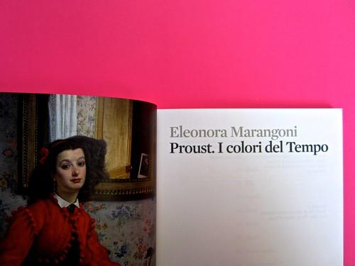 Proust. I colori del tempo, di Eleonora Marangoni. Electa 2014. Design di Paolo Tassinari e Leonardo Sommoli. Verso della carta di guardia / pagina dell'occhiello, frontespizio (part.), 1