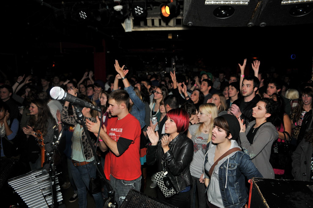 .  The Modern Electrics Audience at Northcoast Christmas Release Party
