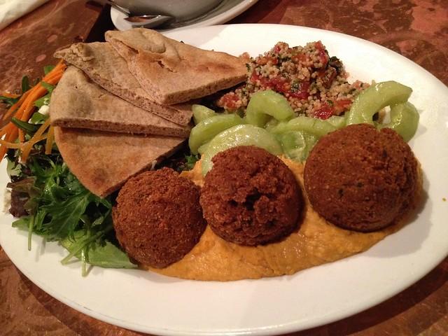 Falafel platter - Cafe Flore