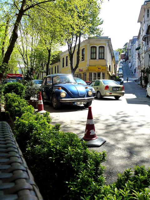 Istanbul - avril 2012 - jour 6 - 047 - Üsküdar - Kuzguncuk - İcadiye Caddesi