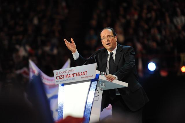 François Hollande à Bercy, un parfum de victoire