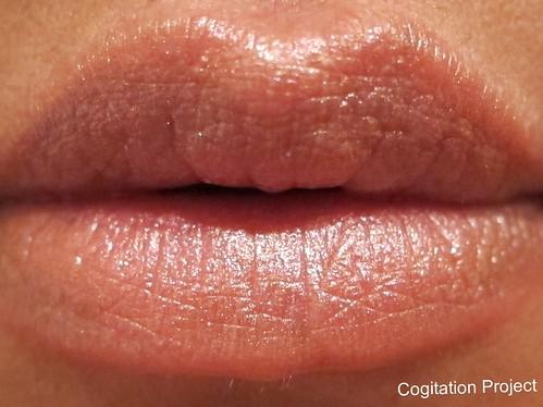 Laura-Mercier-Shimmer-Lip-Colour-Passion-Fruit-IMG_1667