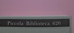W. H. Auden, Grazie, nebbia; Adelphi 2011 [responsabilità grafica non indicata]. Copertina (part.), 5