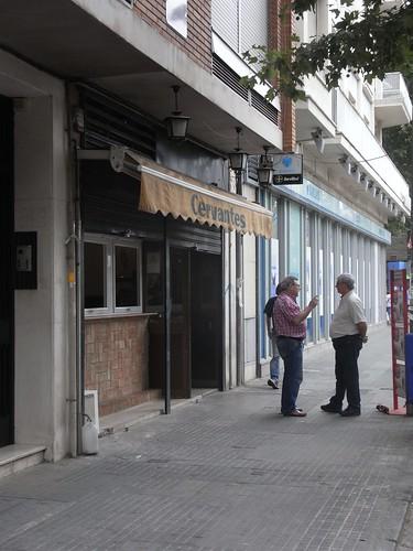 Bar en Avenida Cervantes después.
