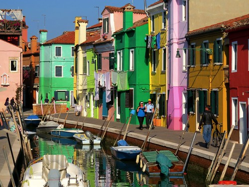 Strolling along the canal, Burano