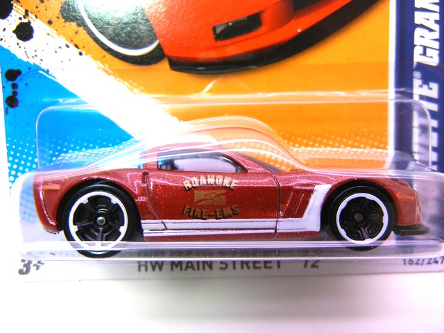hot wheels '11 corvette grand sport burgundy (3)