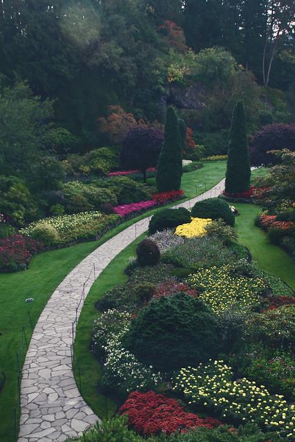 pathway, butchart gardens