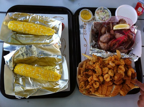corn, steamers & seafood platter