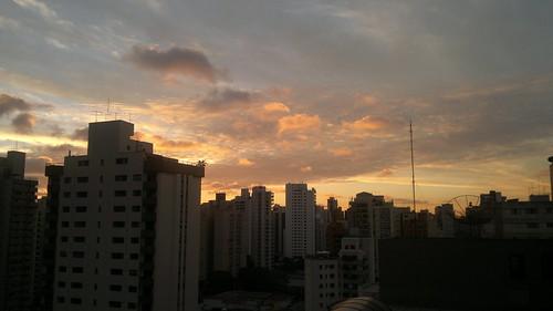 Pôr-do-sol em Moema by jailsonrp