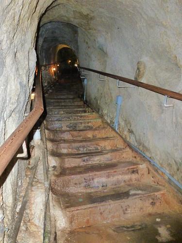CA - SD  3-19-12 069 Sunny Jim  Cave steps